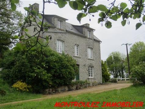 Environnement très agréable pour cette maison sur 2.1 hectares