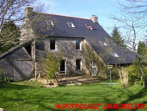 Maison en pierre originale