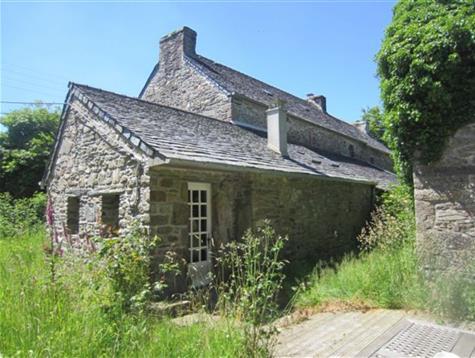 Jolie propriété de 2 maisons, dépendance sur 1 hectare