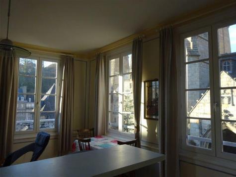 Appartement en Triplex lumineux avec jolie vue
