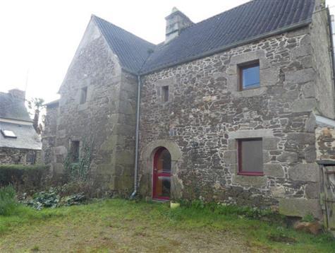 Jolie maison de 1661 à rénover .